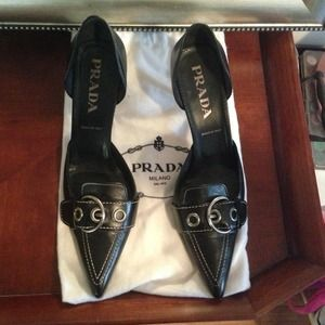 Authentic Prada pumps with bags
