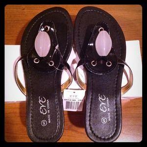 Eve Shoes - 🌟Brand New🌟LAST PAIR Eve sandal black size 5
