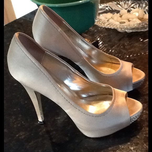 Steve Madden - Nude Satin Open Toe Heels from Camille's closet on ...