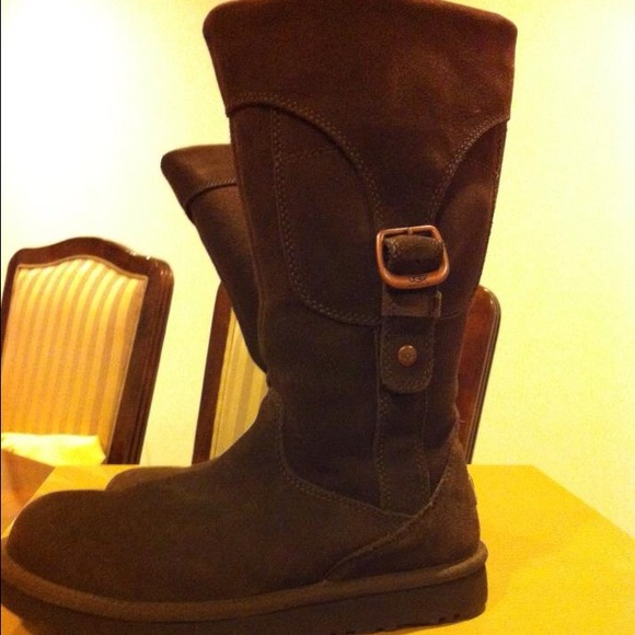 65 ugg boots sale ugg chocolate suede boots free
