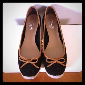 💜SOLD💜100% Authentic Coach Shoes 🌟