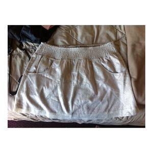 NWTO Gap XL gold metallic skirt