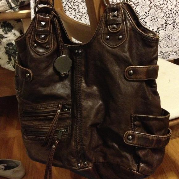 HOLD Brown soft leather purse. M 515d3c116056d505cb006254 a7228c70c6f11