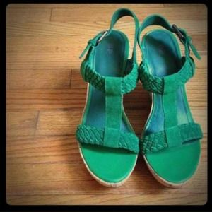 Bundle for mk1015: Brown wedges & Green wedges