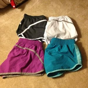 4 pairs of Size Small Old Navy Workout Shorts