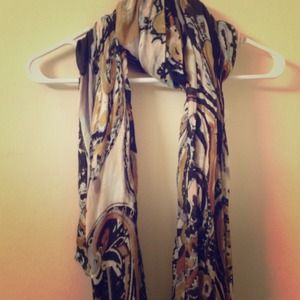 Cynthia Rowley Accessories - Lightweight scarf