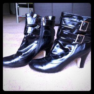Black ankle~ MArianne- BOOTIES!!