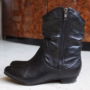 ⚡Reduced⚡Steve Madden black leather boots