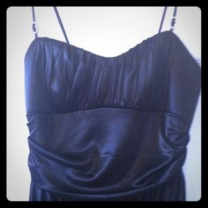 Dresses & Skirts - Little silky spaghetti strap black dress