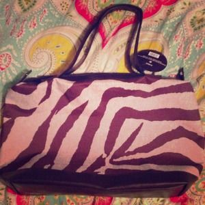 Handbags - Cute zebra bag! Great to take to the beach!