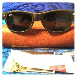 Newly REDUCED! Ray-Bay sunglasses in green frame!