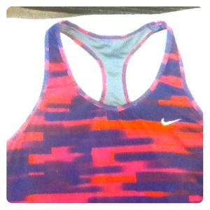 Dri fit Nike work out top