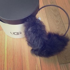 Ugg Australia Accessories - LOWERED! Ugg Australia Ear Muffs