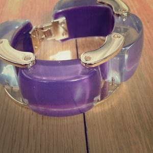 JewelMint Jewelry - Lucite gold bracelet