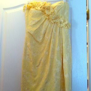 Maggy London yellow dress