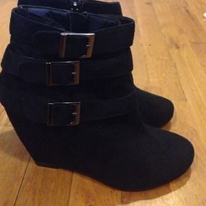 Shoes - Wedge ankle boots