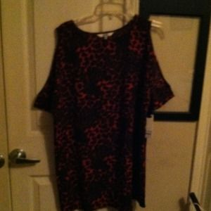 BB Dakota Tops - NWT PRETTY LEOPARD PRINT SHIRT