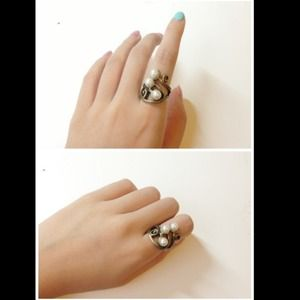Jewelry - Whirl leaf ring