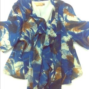 Jackets & Blazers - ❌❌ SOLD ❌❌ Cropped flowy jacket