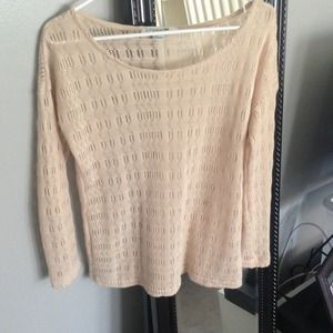 Forever 21 Tops - Beige sweater with pattern/texture
