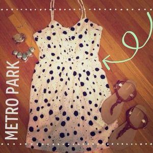  Host Pick 3/8  Ink blot dress