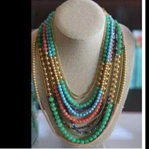 Stella and dot gorg gorg necklace..