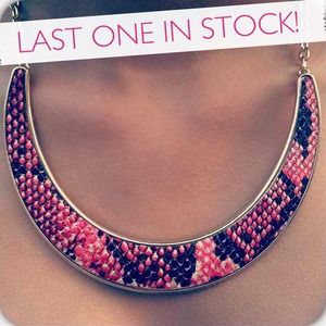 SALE PINK SNAKESKIN NECKLACE W/ free earrings!