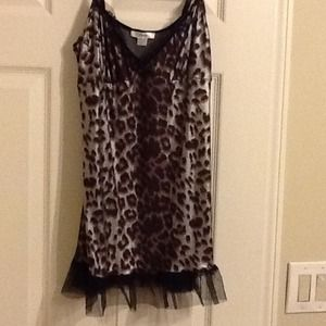 Leopard nightie with mesh lace trimmings top/botto