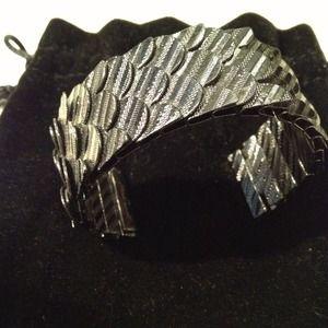 Jewelmint Cuff Bracelet
