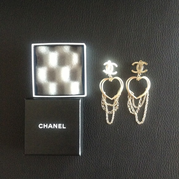 Chanel earrings, authentic