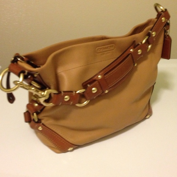 79 off coach handbags reduced coach leather carly