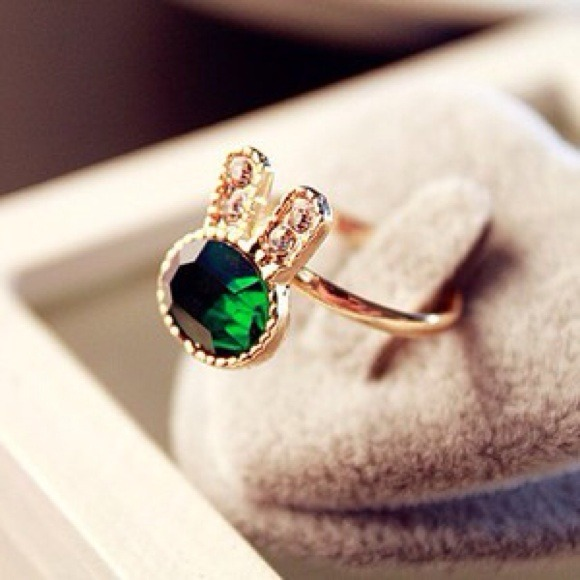 Cute rabbit ring
