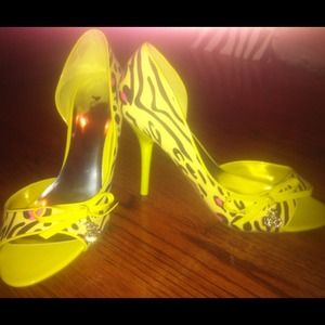 Shoes - *REDUCED* NEW animal print open toe pumps w/ box