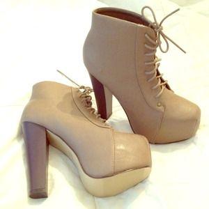 Shoes - Platform boot