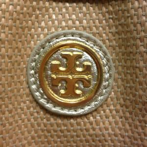 Authentic Tory Burch totes for Ladies <3