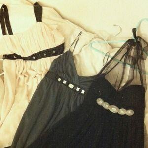 🌹3 flowy empire waist dresses for $25!