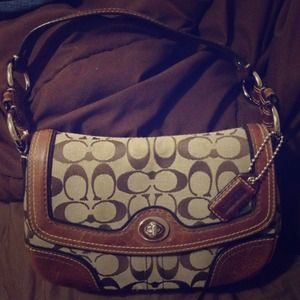 ⬇REDUCED⬇ Authentic Coach handbag ✨