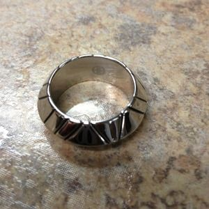 Authentic brand new house of harlow ring