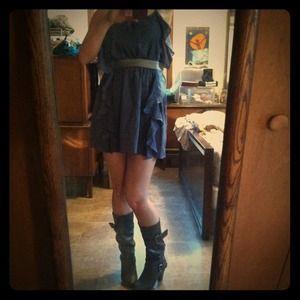 Dresses & Skirts - Cute grey blue spring, ruffle dress!