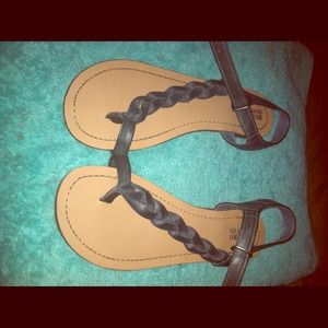 Shoes - 🌴REDUCED🌴Deep green braided sandals!!