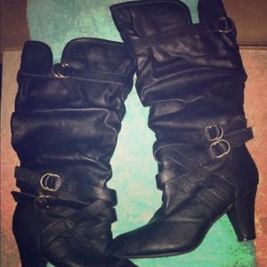 Shoes - 🐚Vintage Back Boots!!🐚