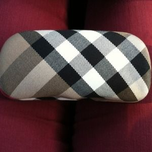 Burberry sunglass case