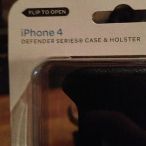 I phone 4  defender series case and holster
