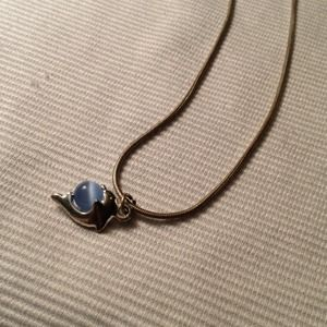 Silvertone necklace