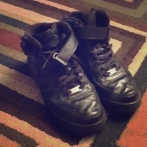 Black High-Top Air Forces Nikes size 9