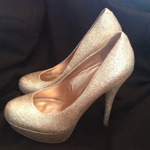 Bakers Shoes - Gold sparkly 6 Inch heels .
