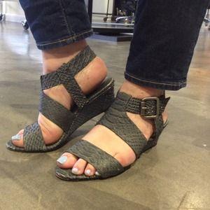 Joie de vivre Sandals