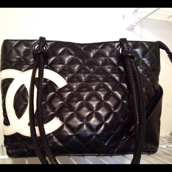 b65c1fbdedb CHANEL Handbags - Chanel inspired purse, classic black and white c s