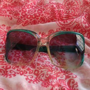Boutique Fashion Sunglasses