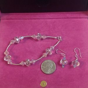 Jewelry - Pink/clear crystal Bracelet and earrings
